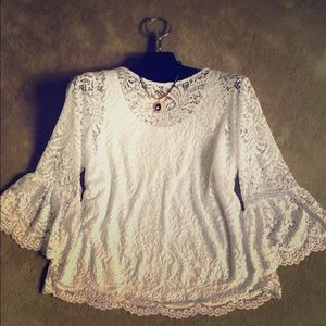 New White Lace Top💋